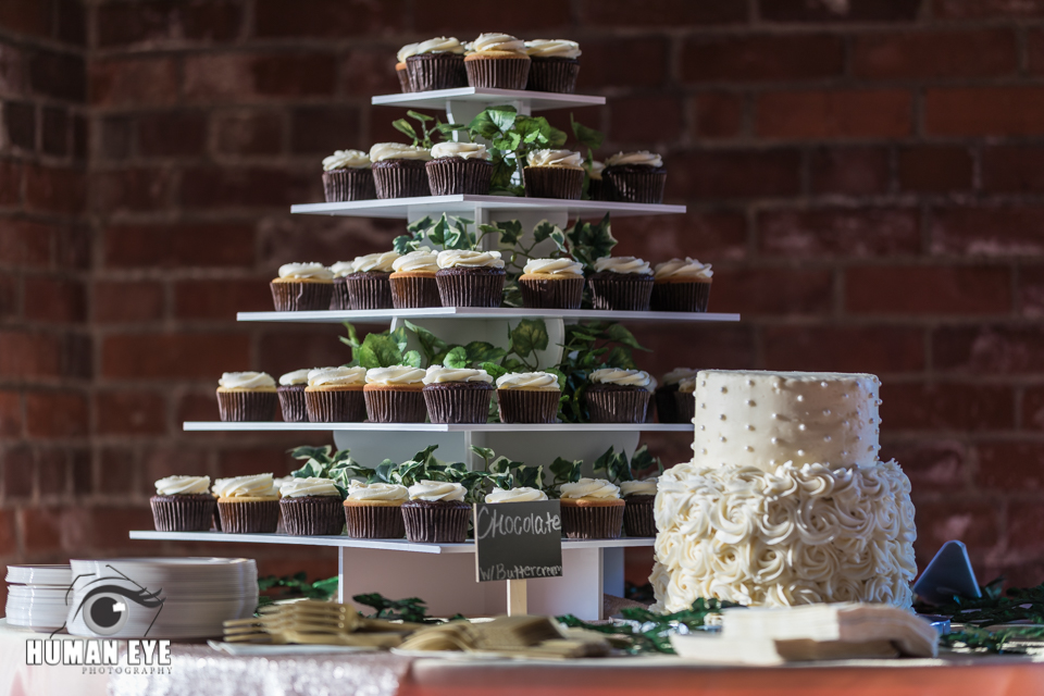 Belmont-NC-Wedding-10-Catawba-cake table